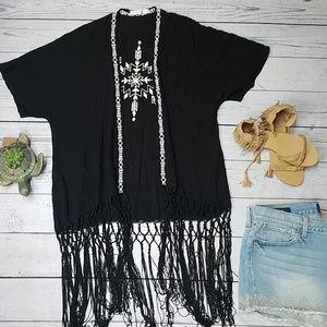 LoveTree kimono black fringe
